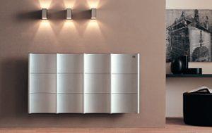 Las válvulas termostáticas en los radiadores sirve ajustar y regular la temperatura automáticamente en cada radiador y de esta manera no sobrecalentar la vivienda