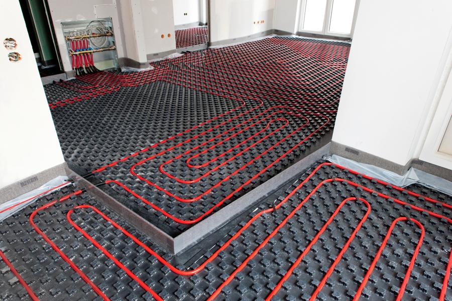 suelo radiante, Es un sistema eficiente, puede muy bien trabajar combinado con otros sistemas de calefacción;