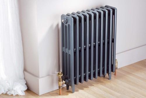 Los radiadores de baja temperatura cuentan con una batería de intercambio de cobre con un interior de aletas de aluminio y exteriormente están recubiertos con chapa plana