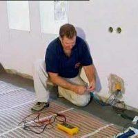 ¿A quién debo llamar si necesito instalar la calefacción?